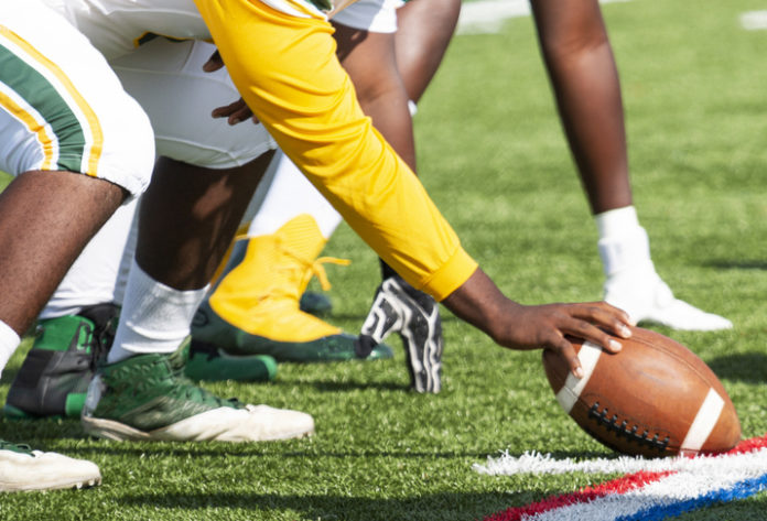 Injury, Concussion Risks Are Underestimated By College Football Players