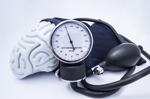 High Blood Pressure Linked to Cognitive Decline