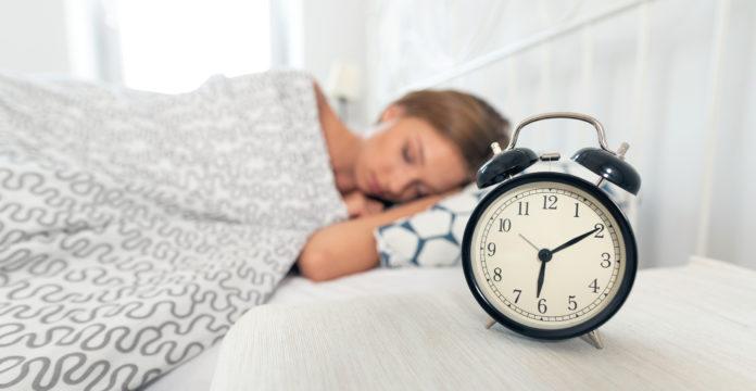 Sleep Six Hours for Optimal Heart, Stroke Risk: Analysis